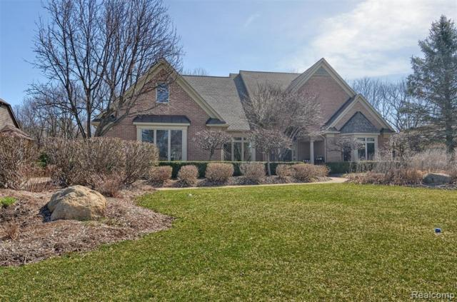 2639 Pebble Beach Drive, Oakland Twp, MI 48363 (#219057369) :: Team Sanford