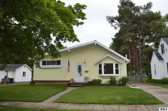 405 W Hodge, CITY OF LANSING, MI 48910 (#55201902045) :: GK Real Estate Team