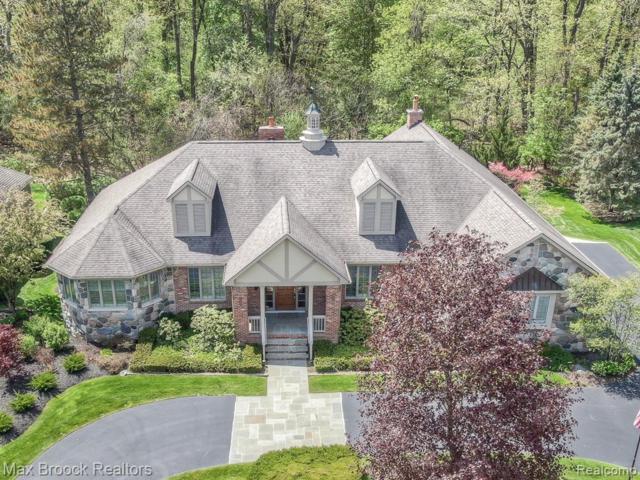 3696 Walnut Brook Drive, Rochester Hills, MI 48309 (#219057542) :: The Alex Nugent Team | Real Estate One