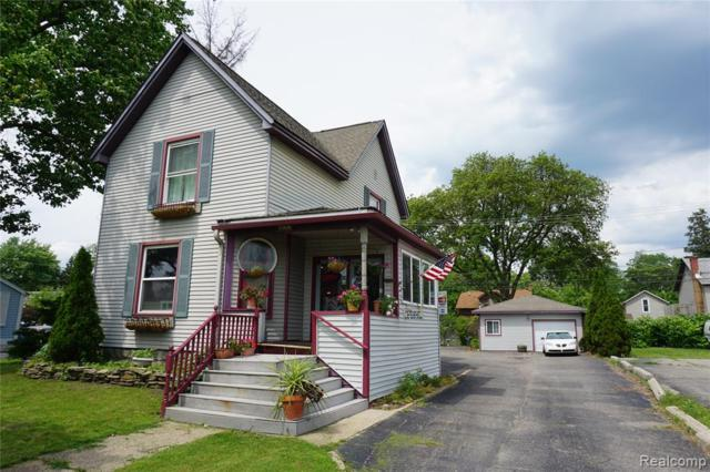 422 Grand River Ave, Howell, MI 48843 (#219057647) :: The Buckley Jolley Real Estate Team
