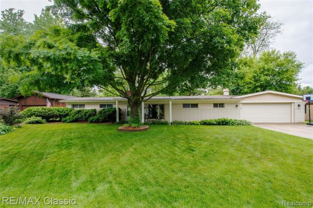 1540 Beverly Boulevard, Walled Lake, MI 48390 (#219057861) :: The Buckley Jolley Real Estate Team