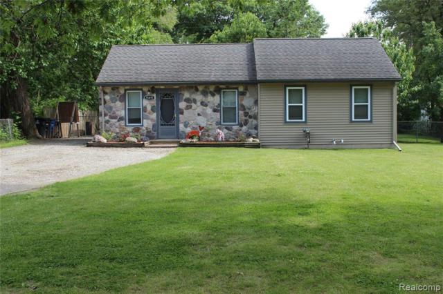 35491 Schley Avenue, Westland, MI 48186 (#219058521) :: The Alex Nugent Team | Real Estate One