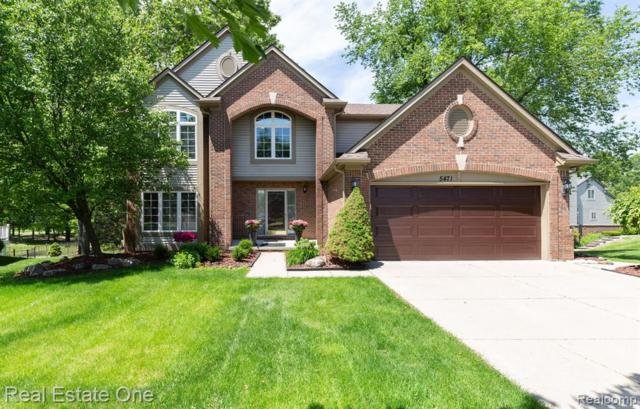 5471 Wentworth Drive, Commerce Twp, MI 48382 (#219058545) :: The Buckley Jolley Real Estate Team