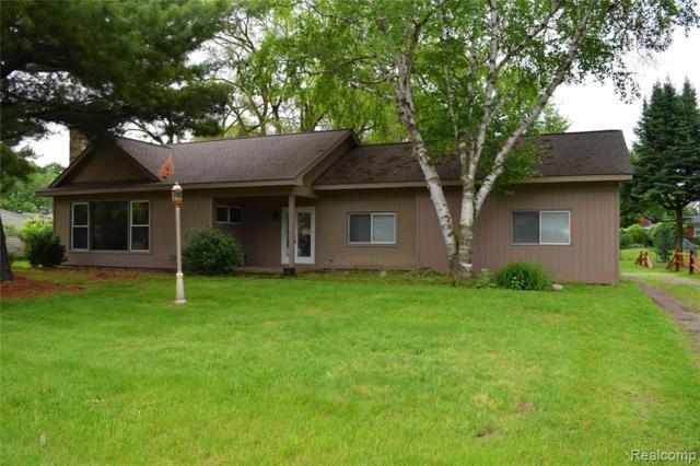 37725 Dardanella Street, Livonia, MI 48152 (#219058643) :: Duneske Real Estate Advisors