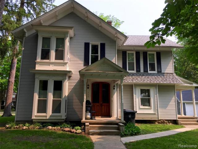 308 Lake Street, Howell, MI 48843 (#219058850) :: The Alex Nugent Team | Real Estate One