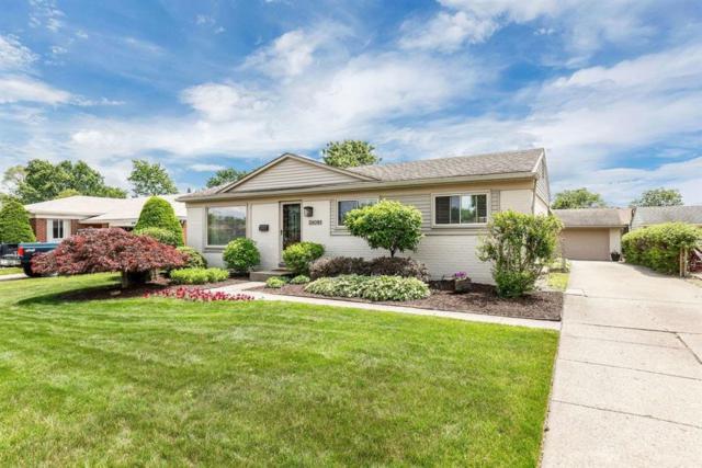 38091 Summers, Livonia, MI 48154 (#543266441) :: Duneske Real Estate Advisors
