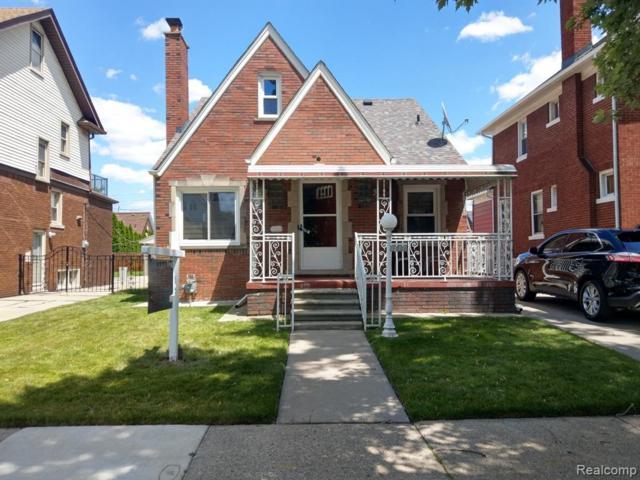 7260 Appoline Street, Dearborn, MI 48126 (#219060301) :: Team Sanford