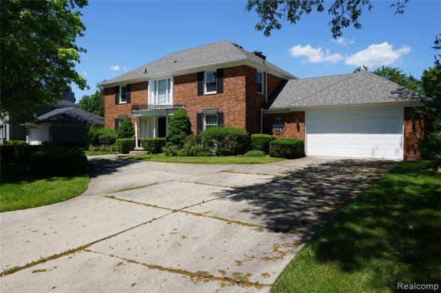 76 Willow Tree Place, Grosse Pointe Shores Vlg, MI 48236 (#219061095) :: The Mulvihill Group
