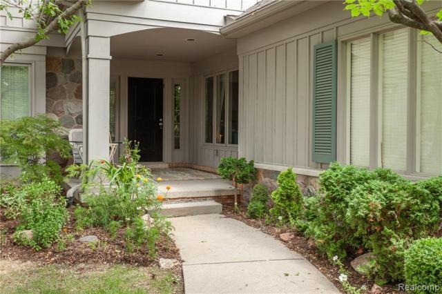 4752 Morris Lake Circle, West Bloomfield Twp, MI 48323 (#219061285) :: The Buckley Jolley Real Estate Team