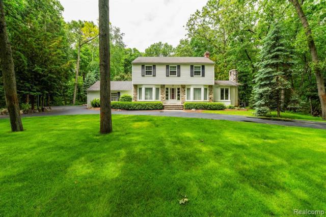 852 Peach Tree Lane, Rochester Hills, MI 48306 (#219061522) :: Team Sanford