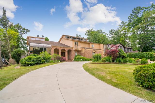 5161 Watergate Road, West Bloomfield Twp, MI 48323 (#219062799) :: The Buckley Jolley Real Estate Team