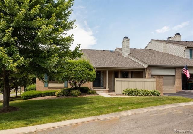 38526 Darbyshire, Farmington Hills, MI 48331 (#219065557) :: The Buckley Jolley Real Estate Team