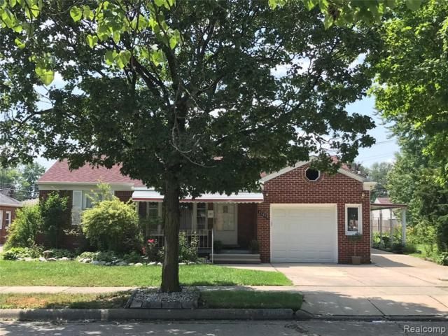 27829 Ursuline Street, Saint Clair Shores, MI 48081 (#219066215) :: The Buckley Jolley Real Estate Team