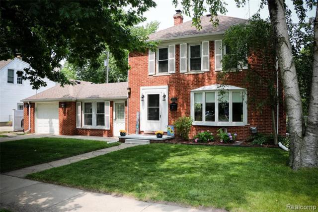 22111 Sunnyside Street, Saint Clair Shores, MI 48080 (#219066471) :: The Mulvihill Group