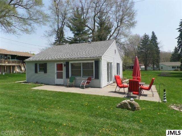 6075 W Us 223, Woodstock, MI 49253 (MLS #55201902384) :: The Toth Team