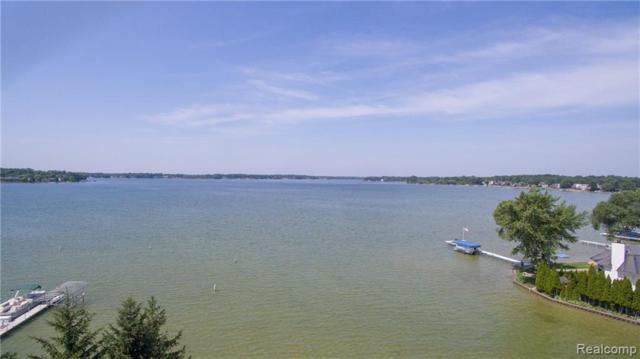 1540 Cass Lake Road, Keego Harbor, MI 48320 (#219066977) :: Novak & Associates