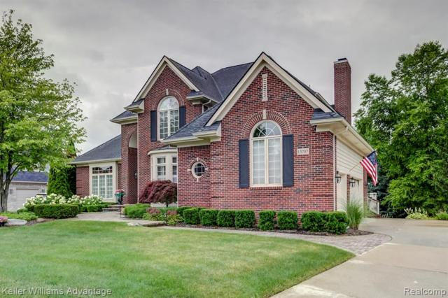 13707 Hilltop Drive W, Plymouth Twp, MI 48170 (#219067900) :: Duneske Real Estate Advisors
