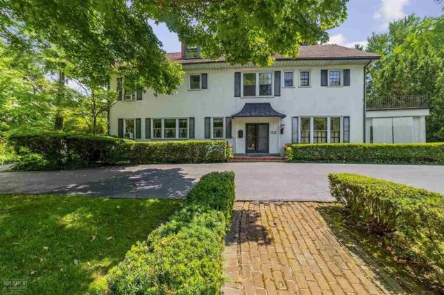 32 Mckinley Place, Grosse Pointe Farms, MI 48236 (MLS #58031386879) :: The Toth Team