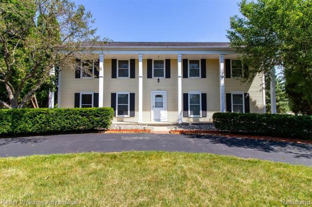 1919 Flemington Drive, Troy, MI 48098 (#219068552) :: The Mulvihill Group