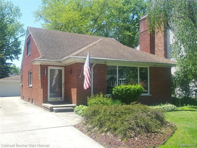 1497 Roslyn Road, Grosse Pointe Woods, MI 48236 (#219068638) :: Keller Williams West Bloomfield