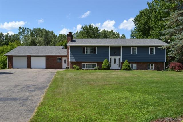 6425 Brian Circle Lane, Burton, MI 48509 (#219068681) :: Team Sanford