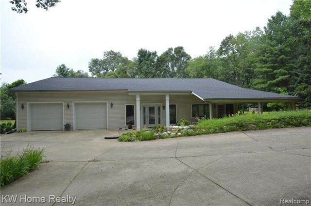 2323 Charms Road, Milford Twp, MI 48381 (#219068746) :: KNE Realty 360