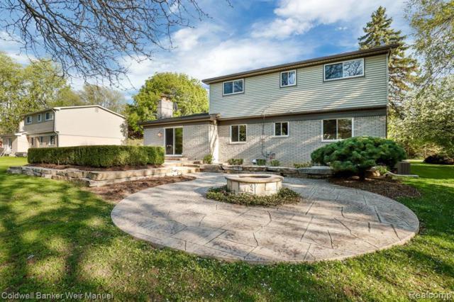 2260 W Wattles Road, Troy, MI 48098 (#219069017) :: The Alex Nugent Team | Real Estate One