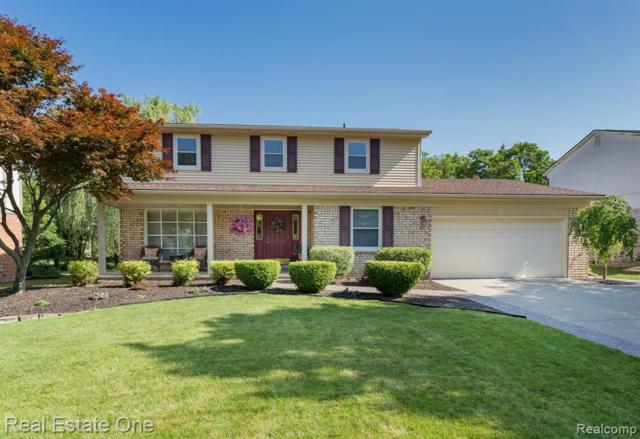 3028 Baypoint Drive, Rochester Hills, MI 48309 (#219069108) :: The Alex Nugent Team | Real Estate One