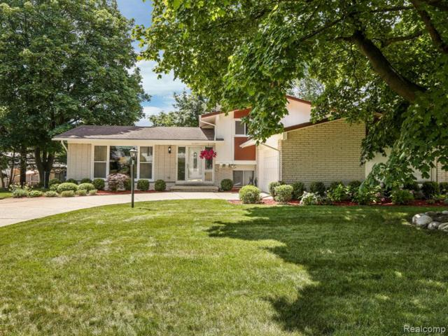 21189 Harvard Road, Southfield, MI 48076 (#219069119) :: Team DeYonker