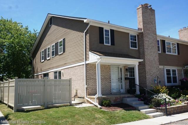 20832 W Glen Haven Circle, Novi, MI 48167 (#219069457) :: GK Real Estate Team