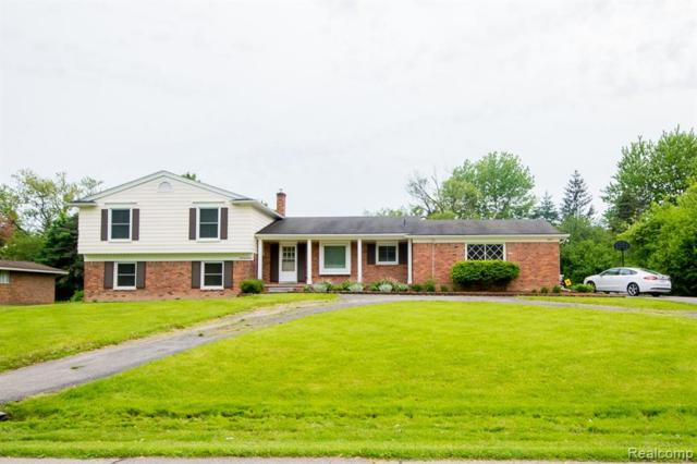 6166 Wellesley Drive, West Bloomfield Twp, MI 48322 (#219069462) :: RE/MAX Classic