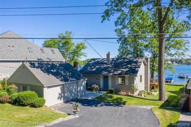 8040 Flagstaff Street, Commerce Twp, MI 48382 (#219069667) :: GK Real Estate Team