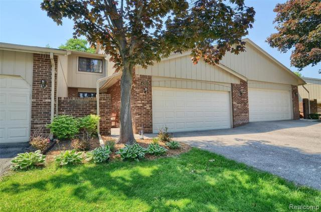 4253 Foxpointe Drive #64, West Bloomfield Twp, MI 48323 (MLS #219069671) :: The Toth Team