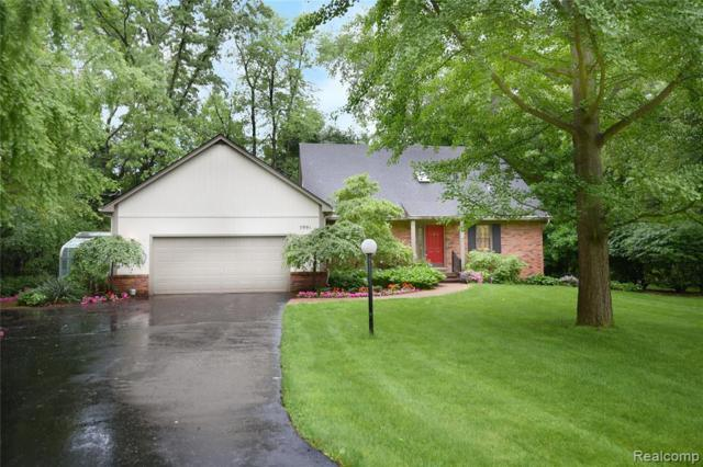 5991 Blandford Circle, Bloomfield Twp, MI 48302 (#219069672) :: The Buckley Jolley Real Estate Team