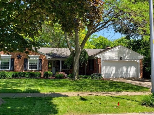 17166 Wayne Road, Livonia, MI 48152 (#219069703) :: GK Real Estate Team