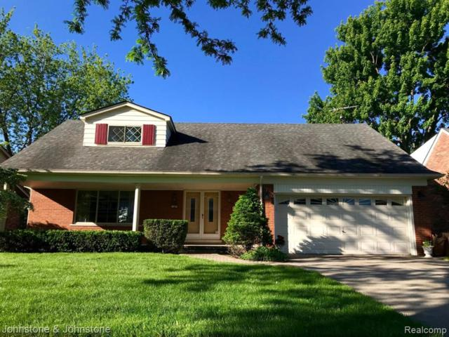 1387 Edmundton Drive, Grosse Pointe Woods, MI 48236 (#219069709) :: Springview Realty