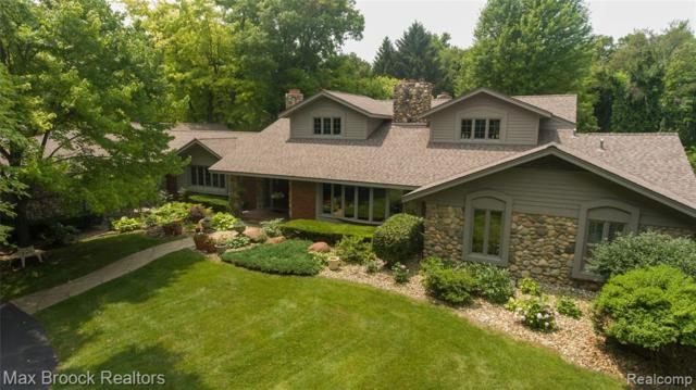 26455 Willowgreen Drive, Franklin Vlg, MI 48025 (MLS #219069877) :: The John Wentworth Group