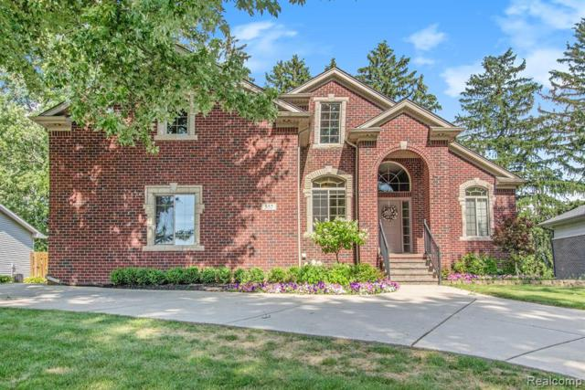 557 Curzon Road, Rochester Hills, MI 48307 (#219069985) :: The Alex Nugent Team | Real Estate One