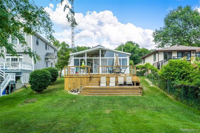 14170 Eastview Drive, Fenton Twp, MI 48430 (#219069990) :: The Buckley Jolley Real Estate Team