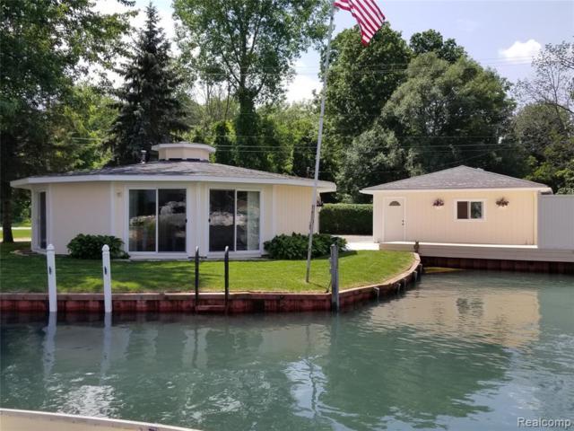 9565 River Road, Clay Twp, MI 48001 (#219070106) :: GK Real Estate Team