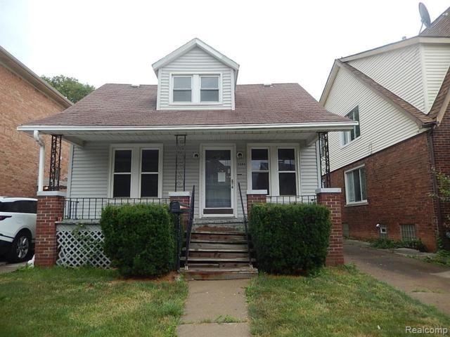 5284 Jonathon Street, Dearborn, MI 48126 (#219070266) :: The Mulvihill Group