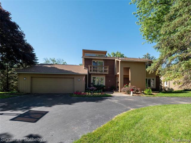 4549 Walden Drive, Bloomfield Twp, MI 48301 (#219070510) :: GK Real Estate Team