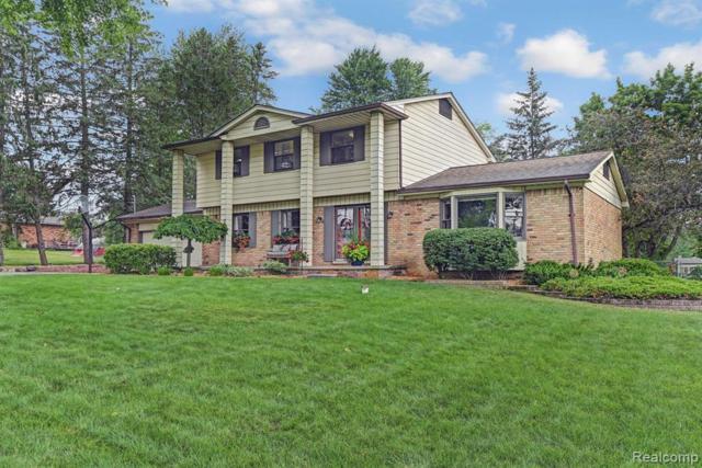 13460 Pomona Drive, Fenton Twp, MI 48430 (#219070524) :: The Buckley Jolley Real Estate Team