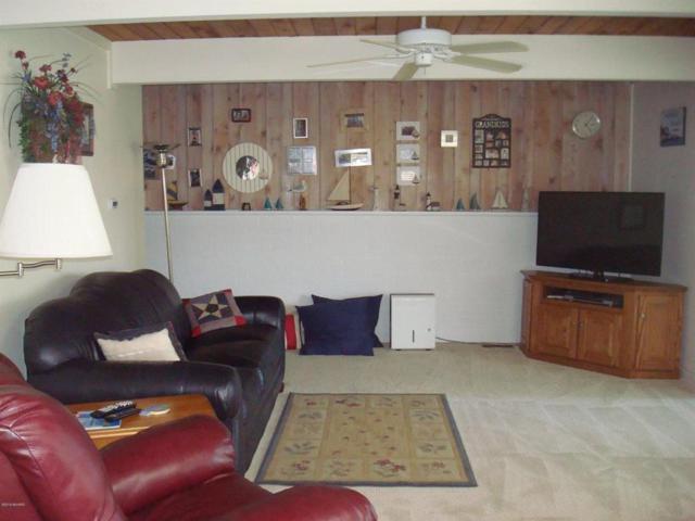 161 Lake Shore Dr, Algansee Twp, MI 49036 (#53019033265) :: RE/MAX Nexus