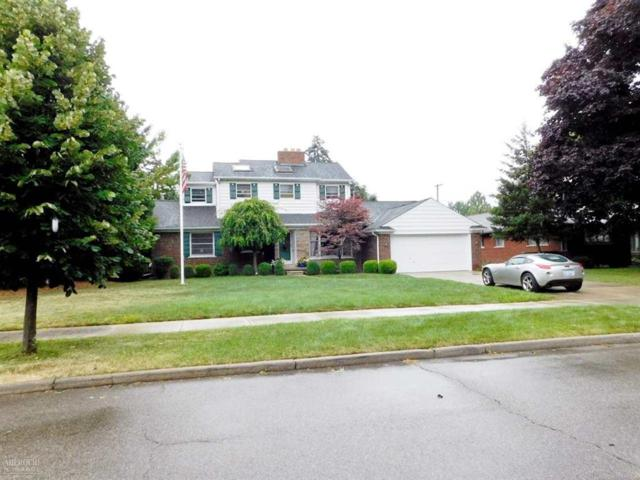56 Hampton, Village of Grosse Pointe Shores, MI 48236 (#58031387557) :: The Mulvihill Group