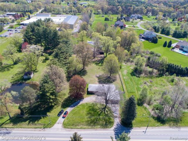 2345 S Milford Road S, Milford Twp, MI 48381 (#219070969) :: The Buckley Jolley Real Estate Team
