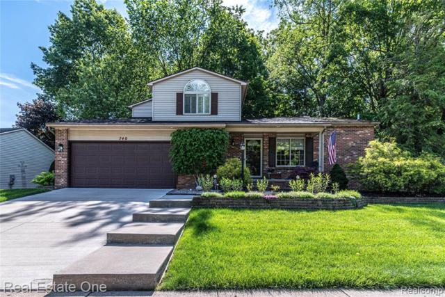740 Eagle Heights Drive, South Lyon, MI 48178 (#219071020) :: Duneske Real Estate Advisors