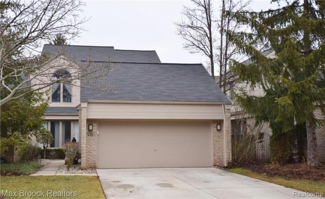5280 Mirror Lake Court, West Bloomfield Twp, MI 48323 (#219071031) :: The Buckley Jolley Real Estate Team