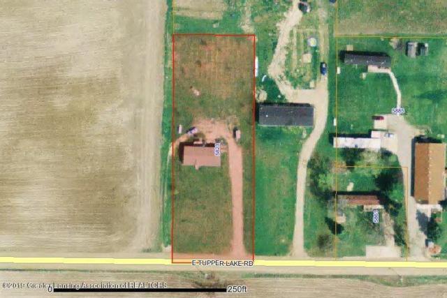 5823 E Tupper Lake Road, Sebewa Twp, MI 48890 (#630000238850) :: The Alex Nugent Team   Real Estate One