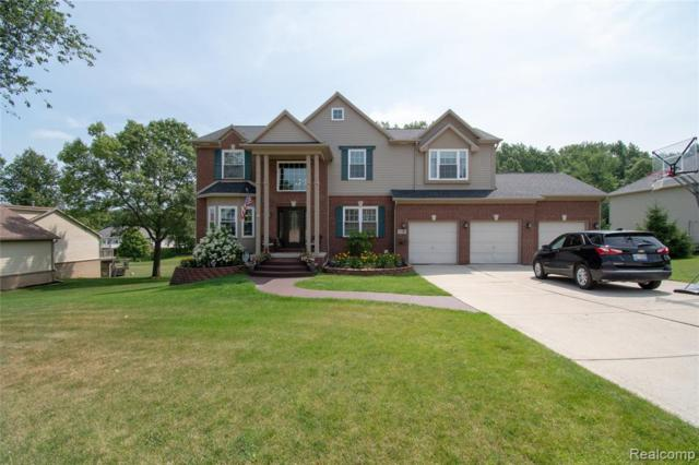 2140 Crested Butte Drive, White Lake Twp, MI 48383 (MLS #219071203) :: The Toth Team